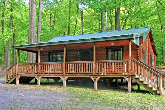 beds in cabins pa lancaster getaway bunk rentals cabin family lodging retreat cottage