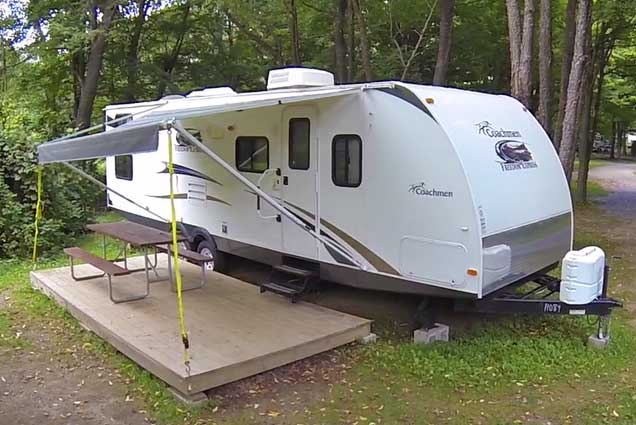 canandaigua in koa camp new camping ny a cabins cozy campground rochester farmington cabin campgrounds york